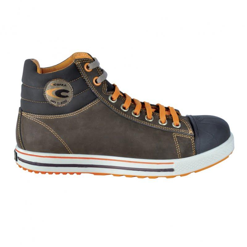 Pour travailler en extérieur, ces chaussures de sécurité Cofra sont confortables