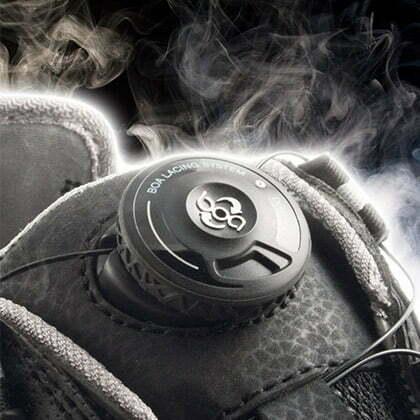 le systeme de serrage boa sur une chaussure de securite solid gear