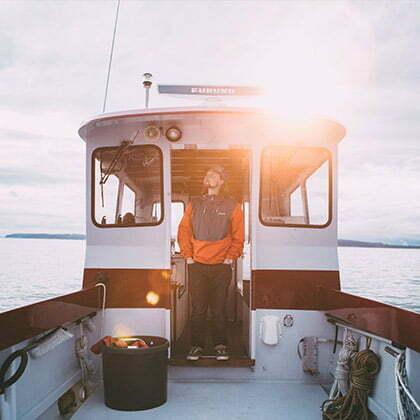 ciret porte par un marin sur un bateau