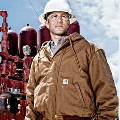 celebre veste carhartt sur les chantiers